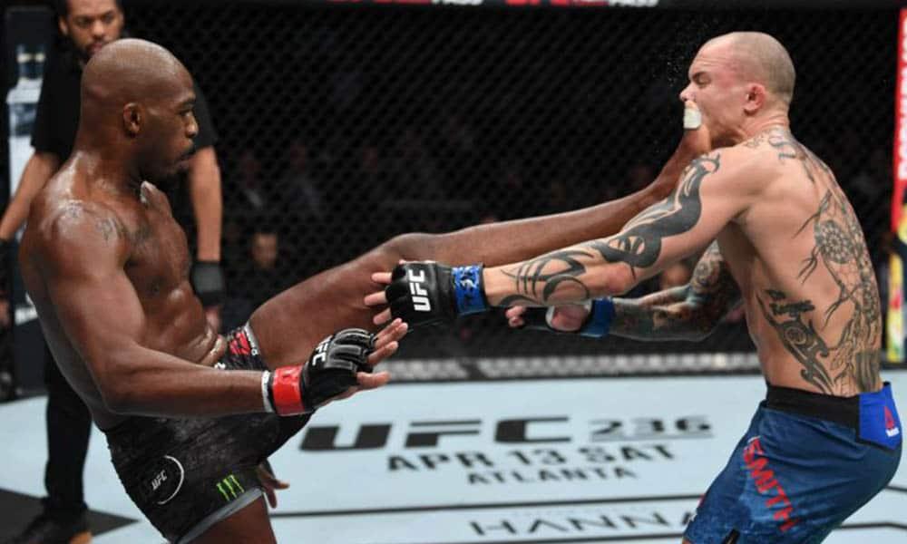 UFC 235 - výsledkya videa zápasů